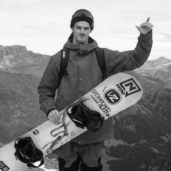 Philipp Kundratitz for Love Distribution