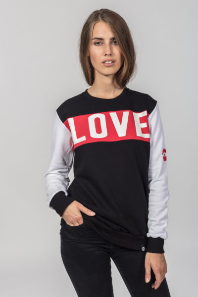 Women Artistic Sweater Loveis